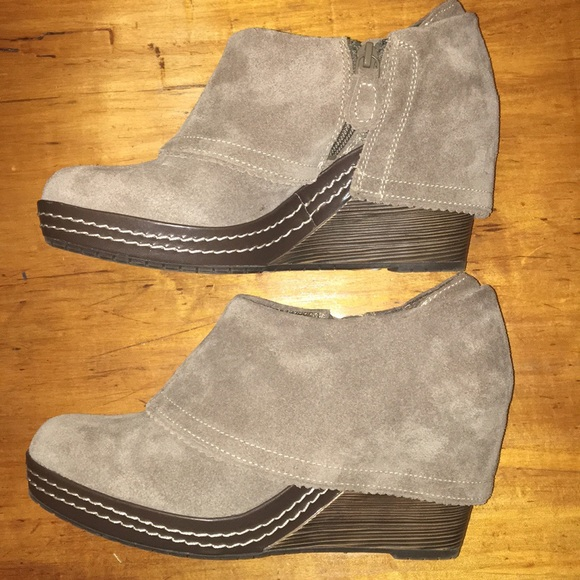 Dr. Scholl's Balance Wedge Ankle Boots